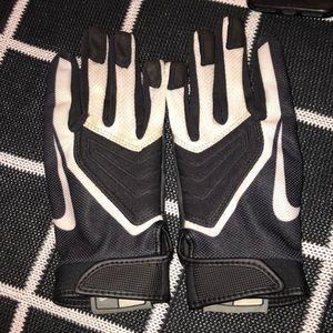 Nike Youth Large Football Gloves